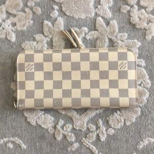Louis Vuitton Damier Azur insolite wallet